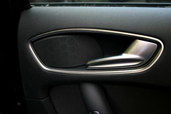 1 Set Aluminium Dekorrahmen für die Türöffner hinten (nur Sportback)