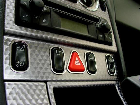 1 Set Aluminium Zierrahmen für die Schalterleiste Sitzheizung/ Warnblinkschalter/ ESP