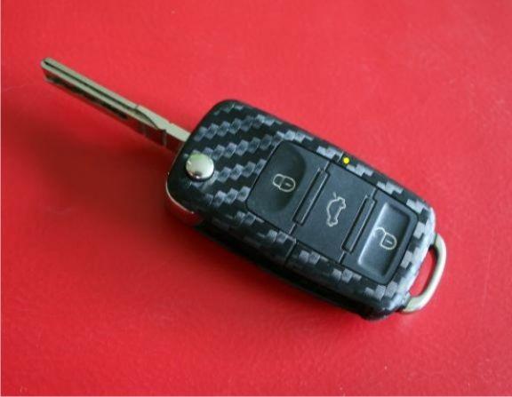 #2 Schlüsselfolie in Carbonoptik Seat Modelle mit der LED in der Mitte