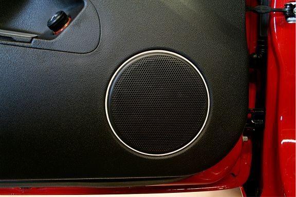 1 Set Aluminium Dekorringe für die Lautsprecher in den Türen