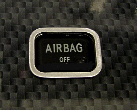 1 Aluminium Zierrahmen für den Airbag Schalter