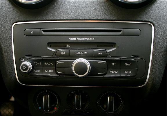 1 Aluminium Dekorrahmen für die Radiobedienung
