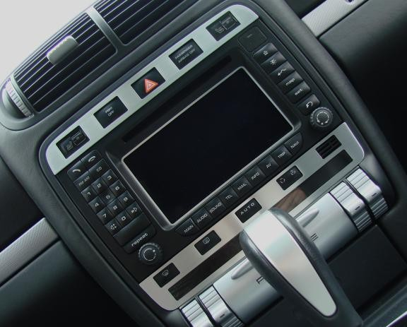 1 Set Aluminium Dekorblenden für das Radio/ Warnblinkschalter und Klimaautomatik