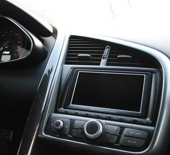 1 Aluminium Dekorrahmen für das Navigationssystem MMI plus