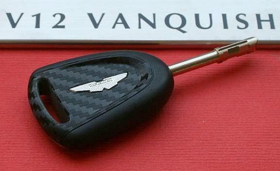 #1 Schlüsselfolie in Carbonoptik Aston Martin Vanquish